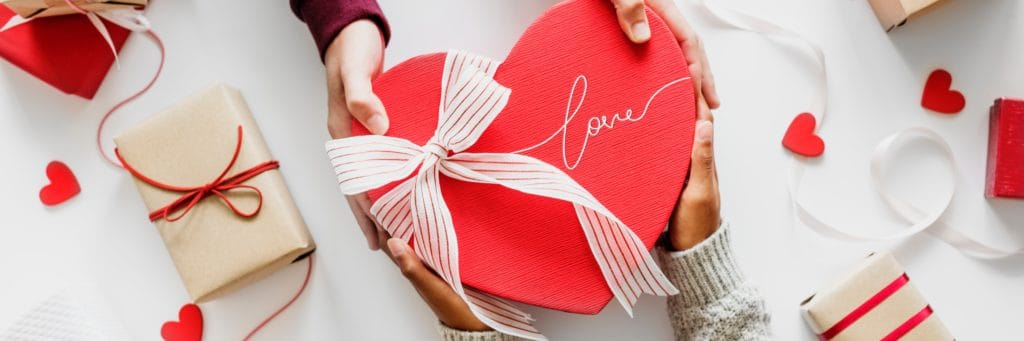 7 Mess-Free Valentines Day Crafts