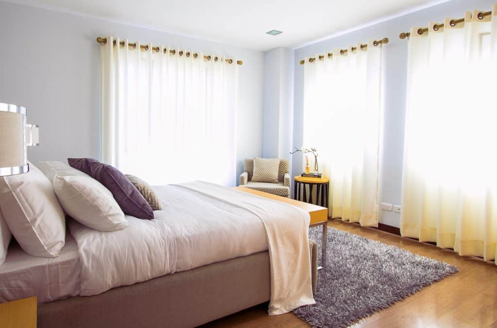 Guest Room Décor For More Relaxing Ambiance