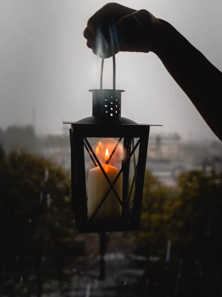 How To Make Decorative Fall Leaf Candle Lanterns
