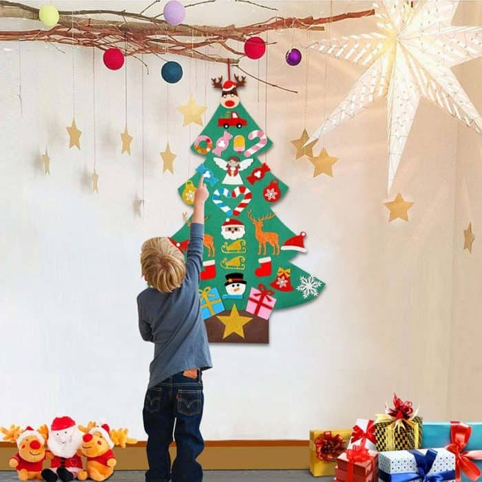 Hanging Christmas Tree DIY Decors